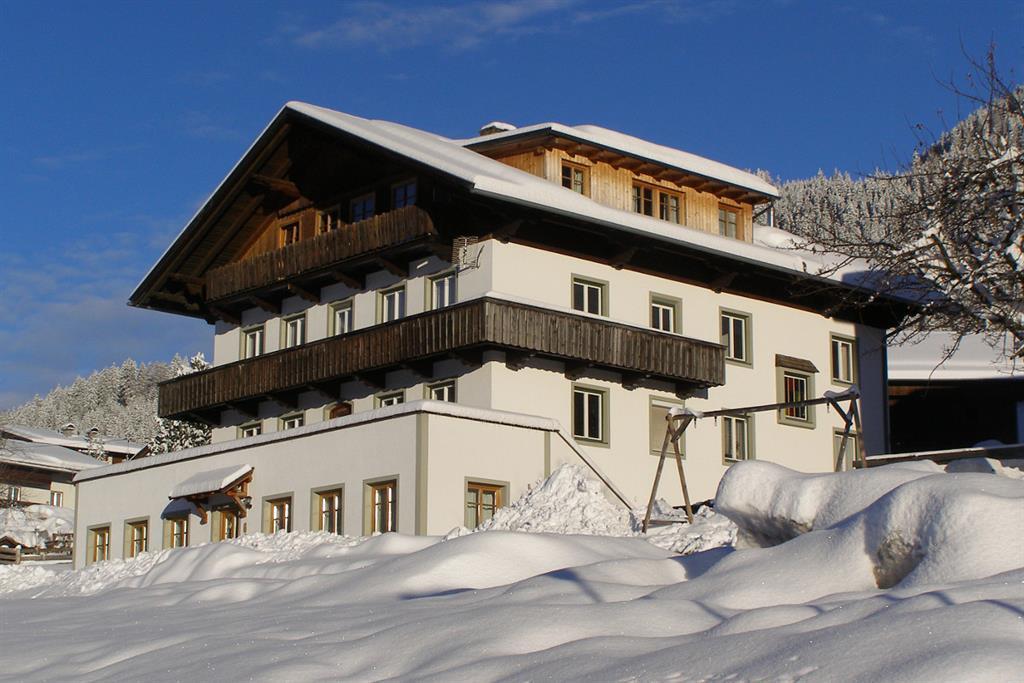 Unser-Bauernhof-im-Winter.jpg