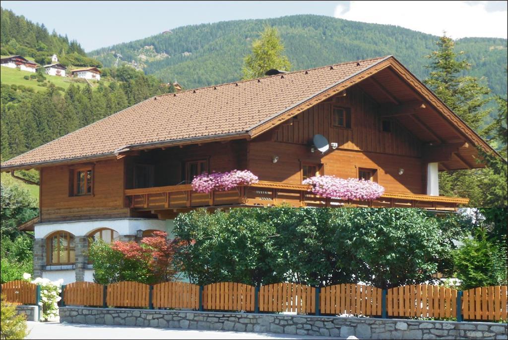Villa-Lercher-Suedwestansicht.jpg