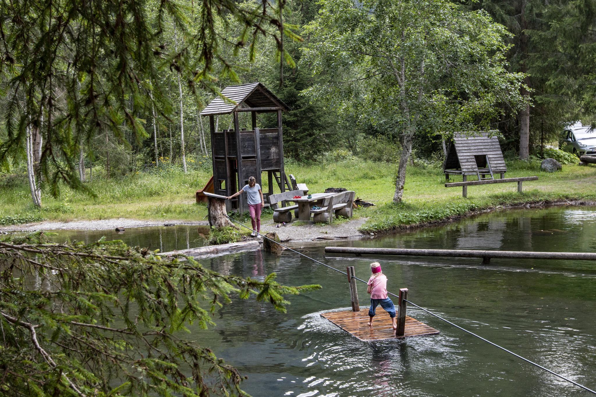 Wasserspielplatz-Auentuempfl.jpg