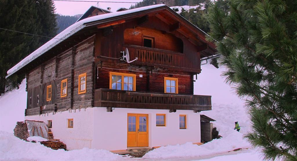 Winteransicht-Ferienhaus-Ortner.jpg