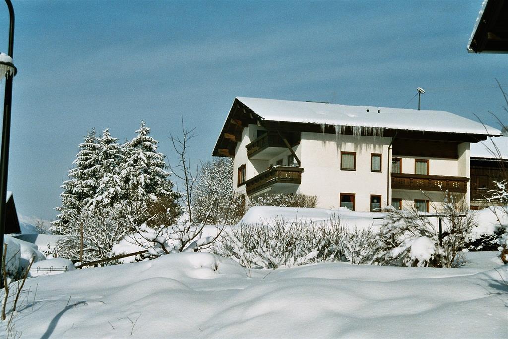 Winterurlaub-im-Gaestehaus-Steinerhof.jpg