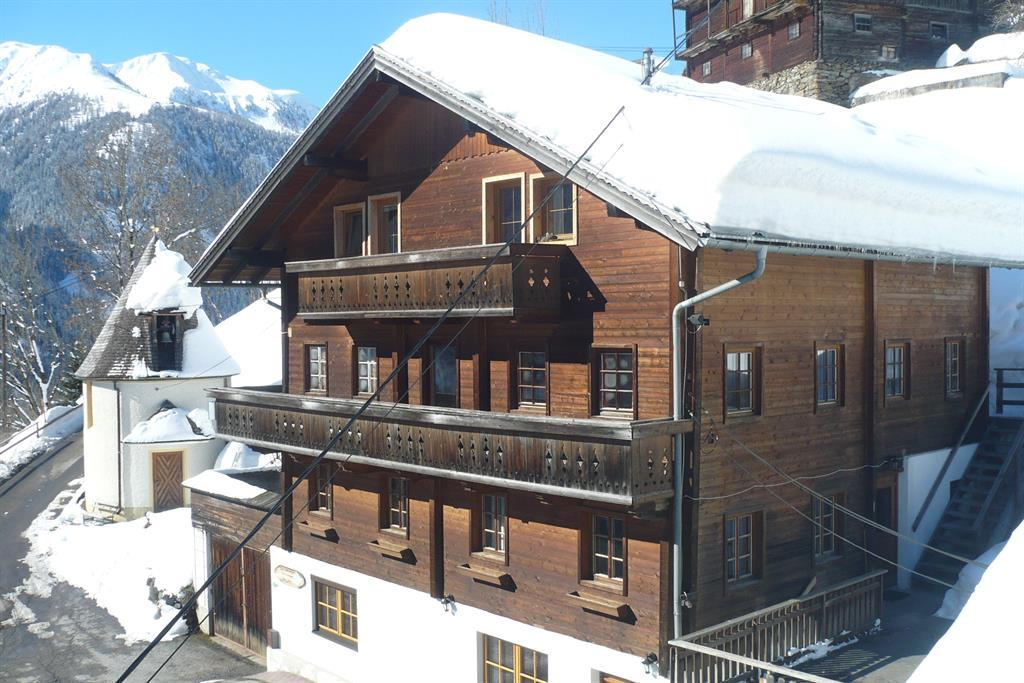 grenerhof-im-winter-defereggental.jpg